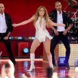 """Jennifer Lopez a donné un mini concert lors de son passage sur le plateau de l'émission """"Good Morning America"""" à New York. Le 20 juin 2014"""