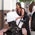 Kim Kardashian et sa fille North à Beverly Hills, le 24 juin 2014.