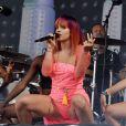 Lily Allen en concert dans le cadre du Festival de Glastonbury en Angleterre, le 27 juin 2014.