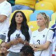 Mazda Sakho et Sandra Evra - Les Femmes des joueurs de l'équipe de France lors du match France - Allemagne à Rio de Janeiro au Brésil le 4 juillet 2014. L'équipe de France quitte la compétition sur une défaite contre l'Allemange 1 à 0.