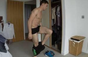 Tom Daley : Le beau gosse filmé dans son intimité...