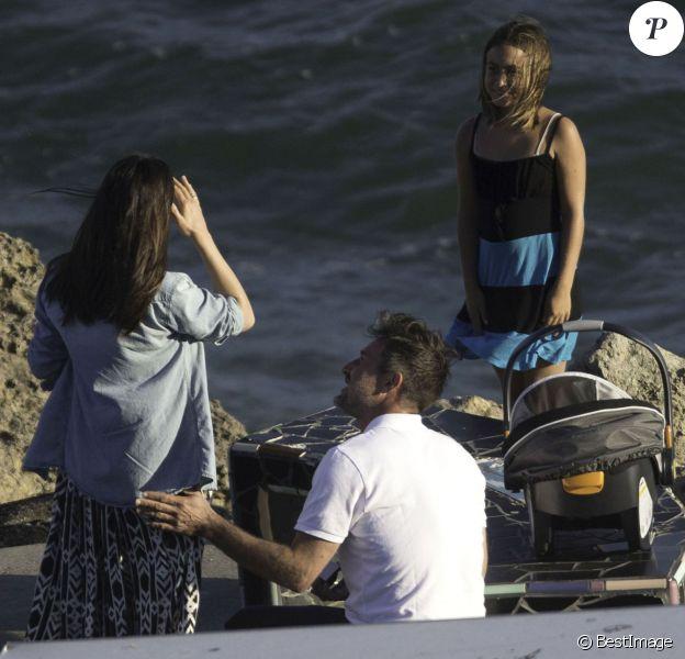 Exclusif - David Arquette demande en mariage sa compagne Christina McLarty à Malibu le 2 juillet 2014. David a fait sa demande en présence de fille Coco et de son jeune fils Charlie.