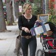 Hilary Duff se rend à l'anniversaire d'un ami de son fils Luca, à Sherman Oaks, le samedi 19 juillet 2014.