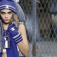 Cara Delevingne, sportive chic pour Chanel