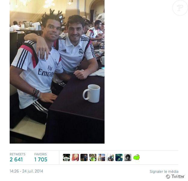 Pepe pose avec son nouveau look et Iker Casillas à Los Angeles - juillet 2014