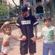 Dani Alves et ses deux enfants Victoria et Daniel - juillet 2014