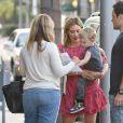 Hilary Duff avec Mike Comrie et leur fils Luca à Beverly Hills, le 29 juillet 2014.