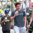Brooklyn Beckham et ses frères Cruz et Romeo à Brentwood, le 15 juillet 2014.