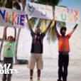Un coup de main des garçons pour la demande. Image du save the date vidéo de Dwyane Wade et Gabrielle Union, qui célébreront leur mariage le 30 août 2014 à Miami, en Floride.
