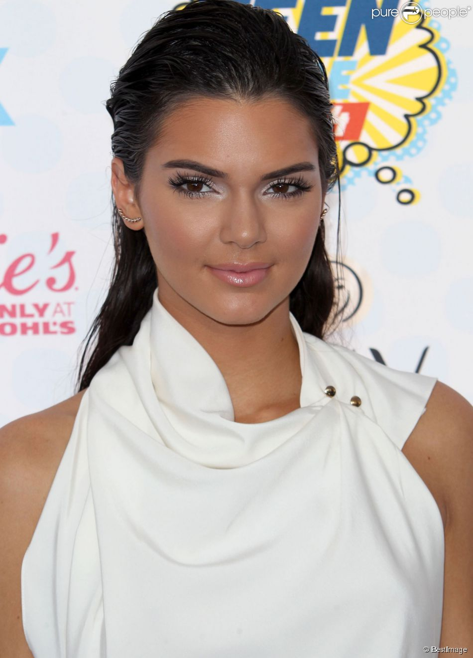 Kendall Jenner - C&#23...