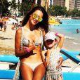 Alessandra Ambrosio et sa fille Anja, en vacances à Hawaï. Août 2014.