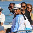 LeBron James et sa femme Savannah Brinson, enceinte, en vacances à Mykonos. Le 15 août 2014.