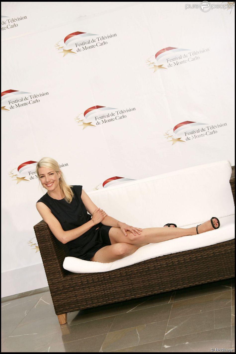Sidonie Bonnec au 50e Festival de la télé de Monte-Carlo le 7 juin 2010 pour le magazine Enquêtes criminelles. Le 17 août 2014, l'animatrice a mis au monde son premier enfant, une petite fille.