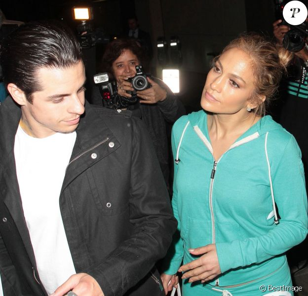 Jennifer Lopez et Casper Smart vont dîner à West Hollywood, le 20 mai 2014.
