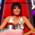Jenifer dans son fauteuil dans The Voice Kids sur TF1. Episode 1 diffusé le samedi 23 août 2014 sur TF1.