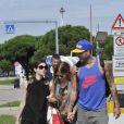 Felicity Jones, Kate Mara et son nouveau compagnon Johnny Wujek arrivant au Lido pour le 71e festival international de Venise, la Mostra, le 30 août 2014.