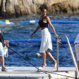 Rihanna en vacances en Méditerrannée, a posé le pied à Antibes et dîné au restaurant de l'hôtel Cap-Eden-Roc. Le 3 septembre 2014.
