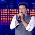 Patrick Bruel délivre un message pour la paix, lors de son concert à Lille, le vendredi 5 septembre 2014, retransmis sur TF1.