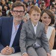 Abdul-Khalim Mamatsuiev, Michel Hazanavicius, Bérénice Bejo à Cannes, le 21 mai 2014.