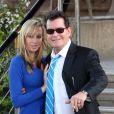 Exclusif - Charlie Sheen et sa future femme Brett Rossi sont allés dîner en amoureux au célèbre restaurant Le Jules Verne 2e étage de la tour Eiffel à Paris, le 16 avril 2014.