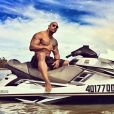 Dwayne Johnson officialise son arrivée au casting de Baywatch, adaptation au cinéma d'Alerte à Malibu.