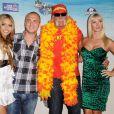 Bre Tiesi, Nick Hogan, Hulk Hogan et Jennifer McDaniel à Los Angeles, le 1er août 2010.