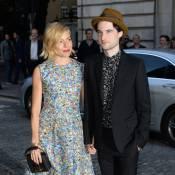 Sienna Miller : Sublime soutien de son amoureux Tom Sturridge