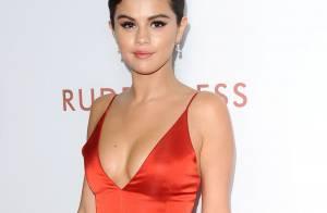 Selena Gomez : Sexy décolleté devant Felicity Huffman in love et Eva Longoria