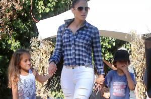 Jennifer Lopez : Complice et câline avec ses enfants Max et Emme