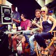 """Laeticia Hallyday et Pierre Rambaldi sur le tournage du clip """"Seul"""" de Johnny Hallyday, à Los Angeles le 12 octobre 2014."""