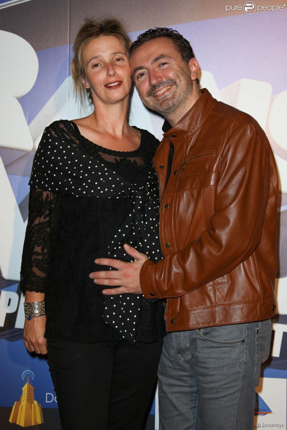 Exclusif - Gérald Dahan et sa compagne Claire enceinte lors de la 4e édition du Festival de l'humour court à La Ciotat, le 11 octobre 2014.