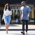 Kim Kardashian et son mari Kanye West à la sortie d'un cinéma à Calabasas, le 19 octobre 2014