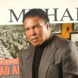 """Mohamed Ali, lors de la présentation du magazine """"Muhammad Ali : The Greatest"""" au Gallagher's Steak House de New York le 6 décembre 2002"""