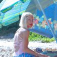 Tori Spelling et Dean McDermott profitent de la plage avec leurs enfants à Malibu. Le 1er septembre 2014.