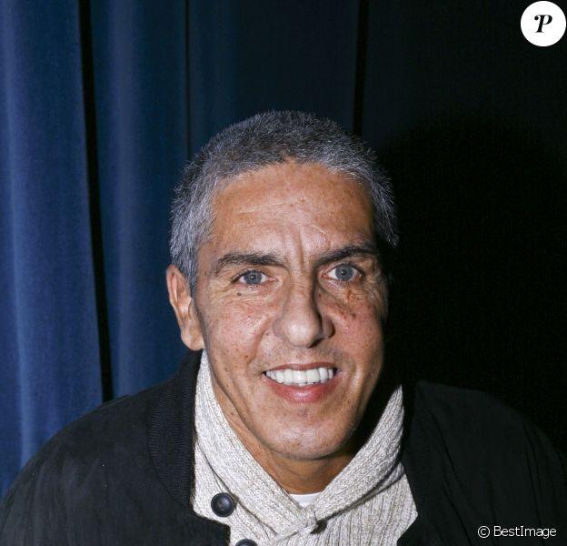 Samy Naceri lors de la première de la pièce 'Suite 2806' au théâtre Daunou à Paris le 17 décembre 2012