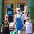 Gwen Stefani et ses trois garçons Kingston, Zuma et Apollo à Los Angeles, le 19 octobre 2014.