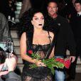 Lady Gaga délirante à la sortie de son hôtel de Londres, le 22 octobre 2014.