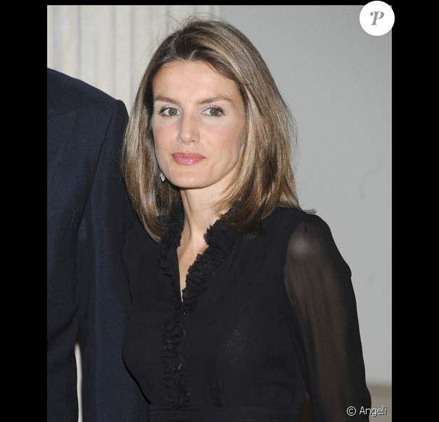La princesse Letizia d'Espagne au dîner des Ambassadeurs, le 8/09/08