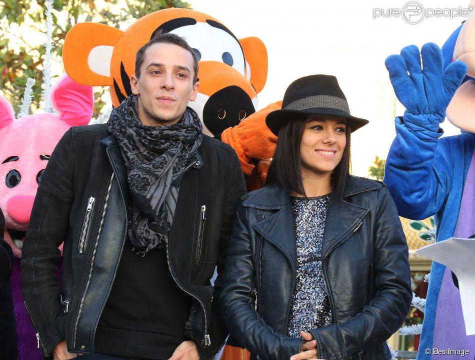 Alizee officialise et Grégoire Lyonnet lors du coup d'envoi des illuminations de Noel à Ajaccio le 7 décembre 2013