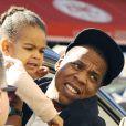 Jay-Z et sa fille Blue Ivy Carter arriventà Gare du Nord à Paris pour prendre un train. Le 14 octobre 2014.
