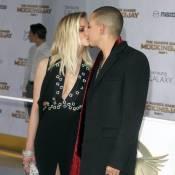 Ashlee et Jessica Simpson : Très démonstratives avec leurs maris, voire trop...