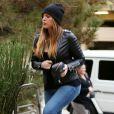 Khloé Kardashian arrive au restaurant Kate Mantilini à Woodland Hills. Le 17 novembre 2014.