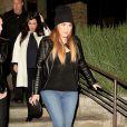 Khloé, Kourtney Kardashian et Kendall Jenner quittent quittent le restaurant Kate Mantilini à Woodland Hills. Le 17 novembre 2014.