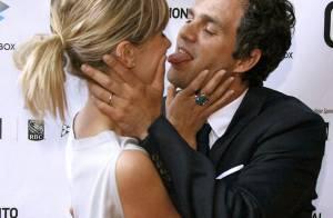 REPORTAGE PHOTOS : Mark Ruffalo et sa femme... que des baisers fous !