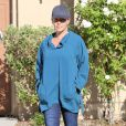 Kendra Wilkinson, qui ne porte plus son alliance suite au scandale impliquant son mari et un transsexuel, sort de chez des amis à Palmdale, le 31 juillet 2014.