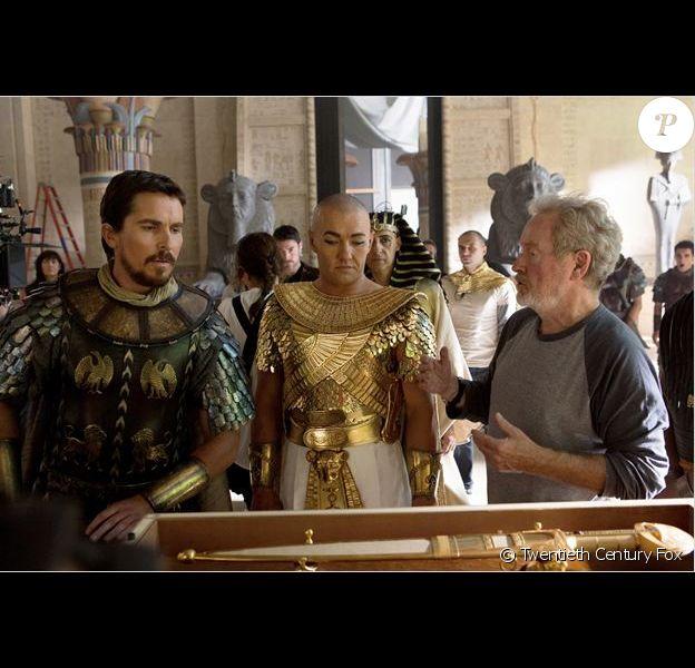 Christian Bale et Joel Edgerton face à Ridley Scott sur le tournage d'Exodus - Gods and Kings
