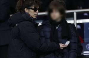 Maïwenn, Dany Boon : Soirée glaciale et joyeuse en famille devant le PSG