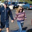 Reese Witherspoon et son mari Jim Toth sont allés faire des courses au supermarché Bristol Farms à Los Angeles. Le 13 décembre 2014.