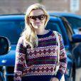 Reese Witherspoon fait des courses au supermarché Bristol Farms à Los Angeles. Le 13 décembre 2014.