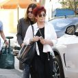 Sharon Osbourne et son mari Ozzy Osbourne font du shopping à Los Angeles Le 27 septembre 2014